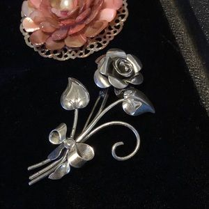 🎀 Vintage Beau Sterling Silver Rose Brooch 🎀
